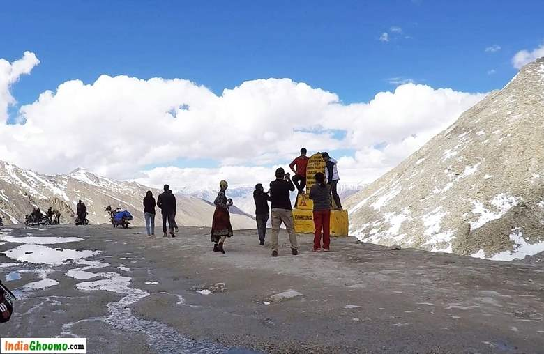 Khardung La Top