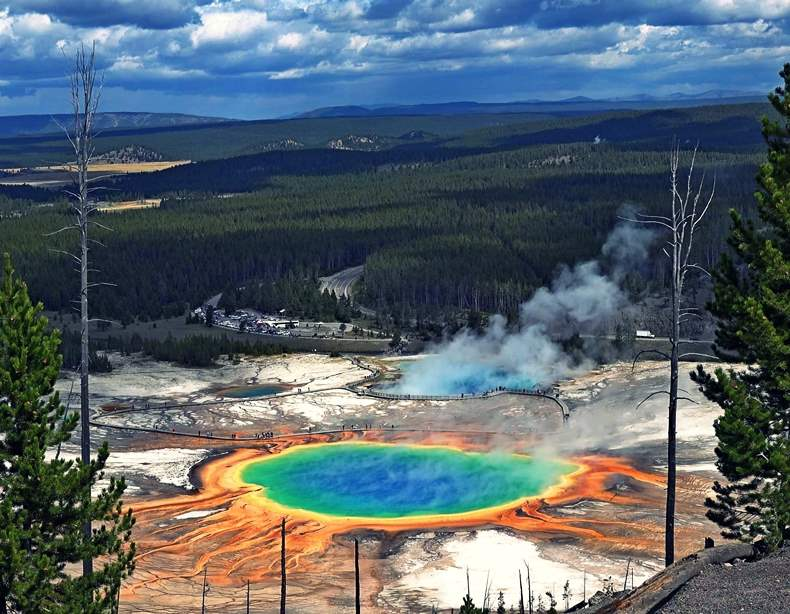 Yellowstone-National-Park-Free Entry September 28